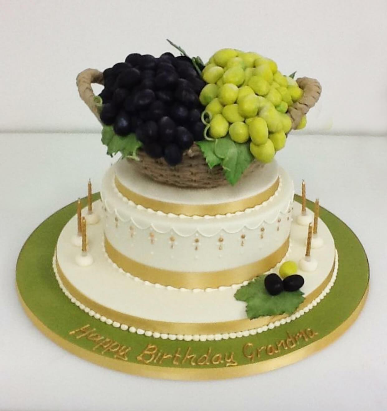 Grapes Cake